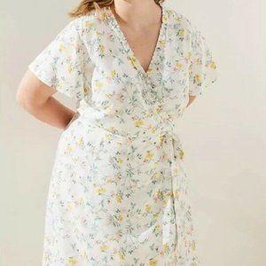 New LOFT Plus Tossed Flower Flutter Wrap Dress Mul